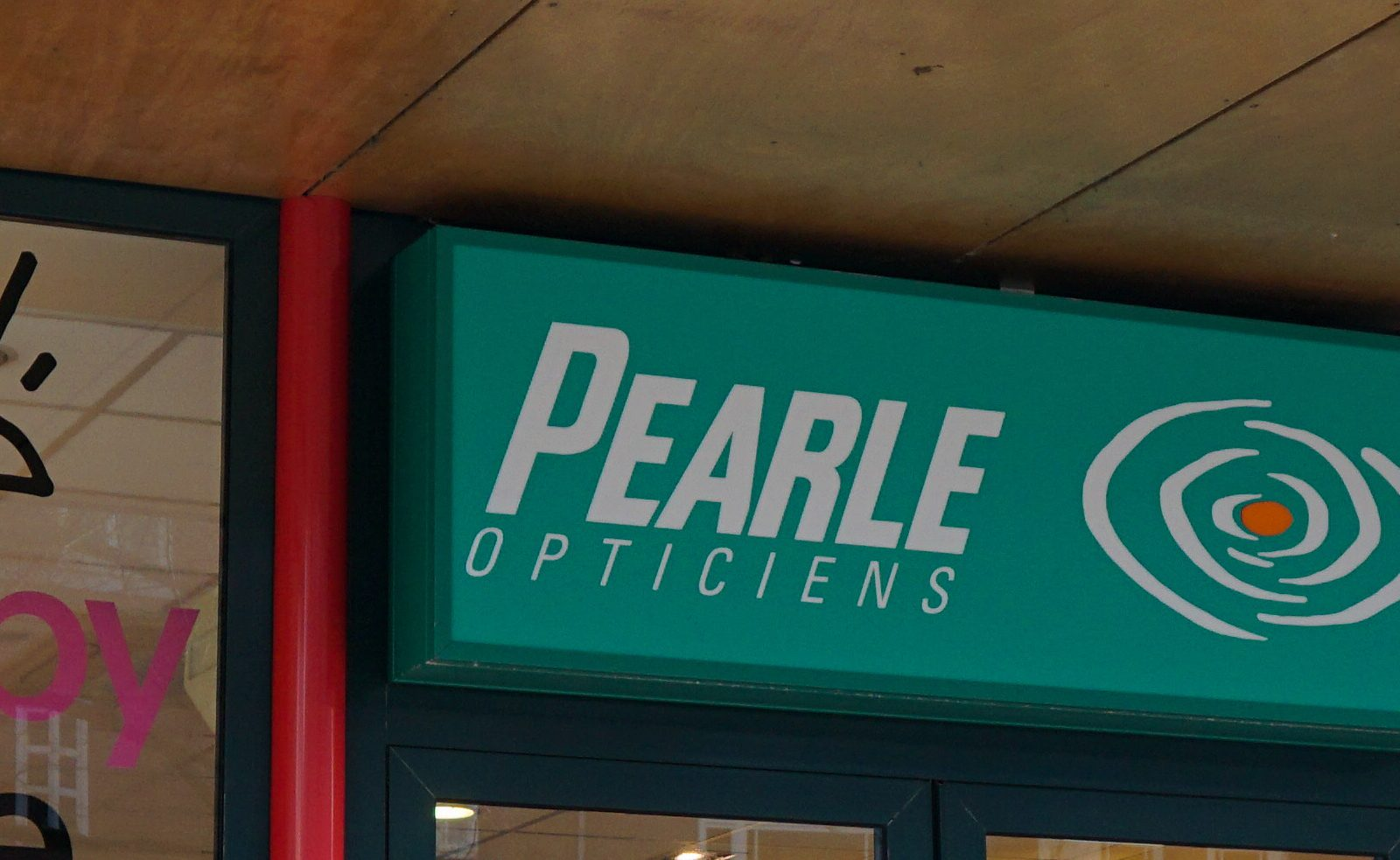 Pearle Opticien